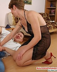 Curious neighbor spying upon sultry mom taking on extremely seductive hose